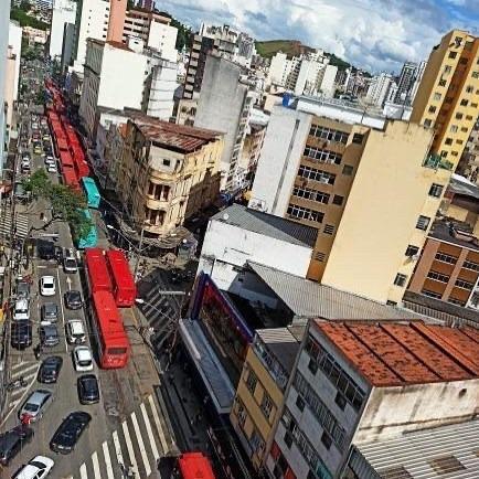 RESISTIR AOS ATAQUES, E JUNTOS VENCER NA LUTA. RODOVIÁRIOS DE JUIZ DE FORA PARAM CONTRA RETIRADA DE DIREITOS.